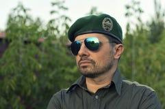 Dirigeant européen dans un béret vert photo libre de droits
