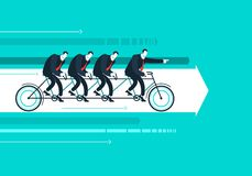 Dirigez l'homme d'affaires avec l'équipe sur la bicyclette Photographie stock