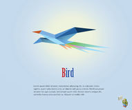 Dirigez l'illustration polygonale de l'oiseau de vol, icône moderne de style d'origami, bas poly objet Photos stock