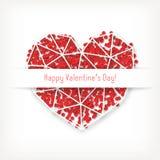 Dirigez la carte de jour du ` s de Valentine avec le coeur blanc géométrique fait de triangles avec les confettis rouges Images libres de droits