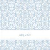 Dirigez la carte ou l'invitation bleue avec le lacet blanc Photo stock