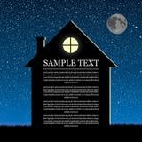Dirigez la silhouette de la maison sur le ciel d'étoile Photos libres de droits