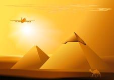 Dirigez le désert, chameau, avion à réaction, piramid Photo libre de droits