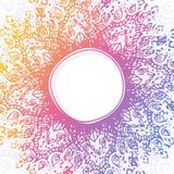Dirigez le fond abstrait avec le cadre rond tiré par la main d'ornamental d'arc-en-ciel Ornement circulaire illustration libre de droits
