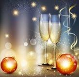 Dirigez le fond romantique de Noël avec deux verres et Christ Photographie stock