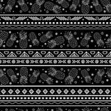 Dirigez le fond sans couture de modèle de rayures tribales noires et blanches d'ananas Grand pour le tissu, papier peint, invitat Photos libres de droits