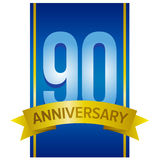 Dirigez le label pour le quatre-vingt-dixième anniversaire avec de grands chiffres sur le fond bleu Image stock