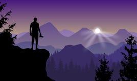Dirigez le paysage avec un homme se tenant sur une falaise tenant l'appareil-photo a illustration stock