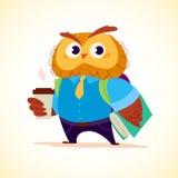 Dirigez le petit caractère mignon plat d'étudiant de hibou de café se tenant sur le fond blanc Écolier avec le sac et le livre Photo stock