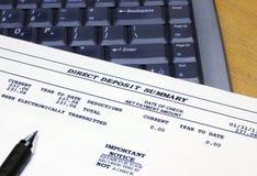 Dirigez le résumé et l'ordinateur portatif de dépôt de garantie Images libres de droits