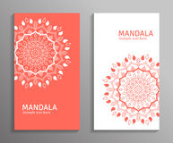 Dirigez les insectes ornementaux de mandala dans la couleur rouge et blanche Images stock