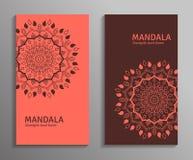 Dirigez les insectes ornementaux de mandala dans la couleur rouge et brune Images stock