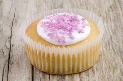 Dirija feito o copo para endurecer com açúcar cor-de-rosa do shimmer fotos de stock royalty free