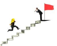 Dirija o Euro levando com orador, f vermelho do ouro do homem de negócios da gritaria Foto de Stock