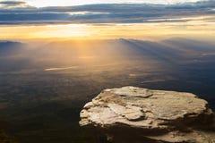 Diritto svuoti sopra un Mountain View Fotografia Stock Libera da Diritti