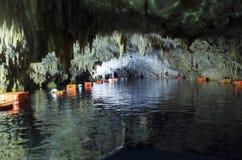 Diros-Höhlen stockbilder