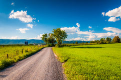 Dirt country road through farmland in the Shenandoah Valley, Vir Royalty Free Stock Photo