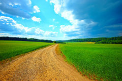 Dirt road in the countryside Royalty Free Stock Photos