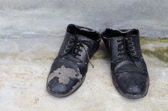 Dirty old shoes o Royalty Free Stock Images