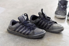 Dirty sneakers Royalty Free Stock Photos
