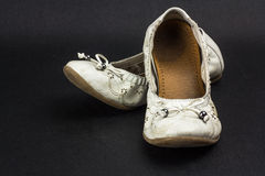 Dirty teenage shoes Royalty Free Stock Photos