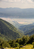 Discesa alla gola della montagna, Bulgaria Fotografia Stock