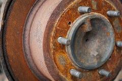 Disco arrugginito del freno dell'automobile Fotografia Stock