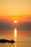 Disco de Sun que refleja en superficie del mar Fotografía de archivo libre de regalías