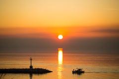 Disco de Sun que refleja en superficie del mar Imagenes de archivo