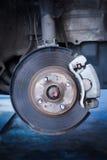 Disco di freno e un hub di ruota Fotografie Stock