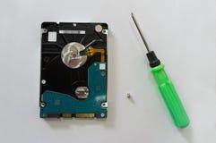 Disco rígido do computador no fundo branco imagens de stock