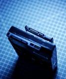 Disco rigido accanto al disco dello SSD (azionamento semi conduttore) Immagine Stock