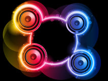 Disco-Sprecher mit Neonregenbogen-Kreis Stockbilder
