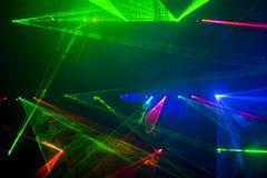 Disco und Laser-Erscheinen stockbilder