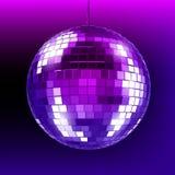 Discobal op purpere dark Spiegelbal in nachtclub Royalty-vrije Stock Foto's