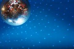 Discoball no clube de noite Fotografia de Stock Royalty Free