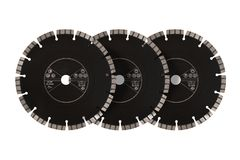 Discos com diamantes - discos do corte do diamante para o isolado concreto imagens de stock royalty free