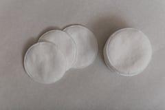 Discos del algodón Imagenes de archivo