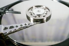 Discos del disco duro Abra el disco duro del hdd Recuperación de los datos de medios dañados Fotos de archivo