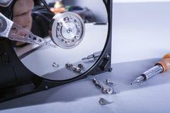 Discos del disco duro Abra el disco duro del hdd Recuperación de los datos de medios dañados Imagen de archivo