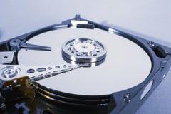 Discos del disco duro Abra el disco duro del hdd Recuperación de los datos de medios dañados Foto de archivo