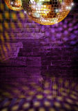 Discoteca dorata delle sfere dello specchio Fotografie Stock