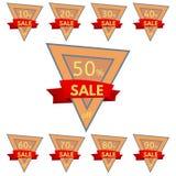 discount set stickers Τριγωνικά πορτοκαλιά διακριτικά με την κόκκινη κορδέλλα για την πώληση 10 - 90 τοις εκατό μακριά Στοκ φωτογραφία με δικαίωμα ελεύθερης χρήσης
