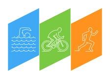 Discrimination raciale triathlon de logo et chiffres triathletes Photo libre de droits