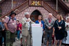 Discurso de la política de Jean-Pierre Walter en el partido de la cebolla del traditinal Foto de archivo libre de regalías