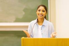 Discurso del estudiante universitario Fotos de archivo