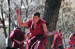 Discusión de monjes en Tíbet Fotografía de archivo