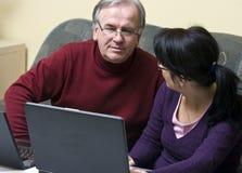 Discusiones de la computadora portátil Fotografía de archivo libre de regalías