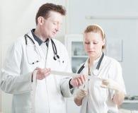 Discussão médica Fotos de Stock Royalty Free
