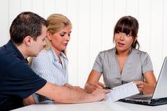 Discussion à une consultation Photos stock